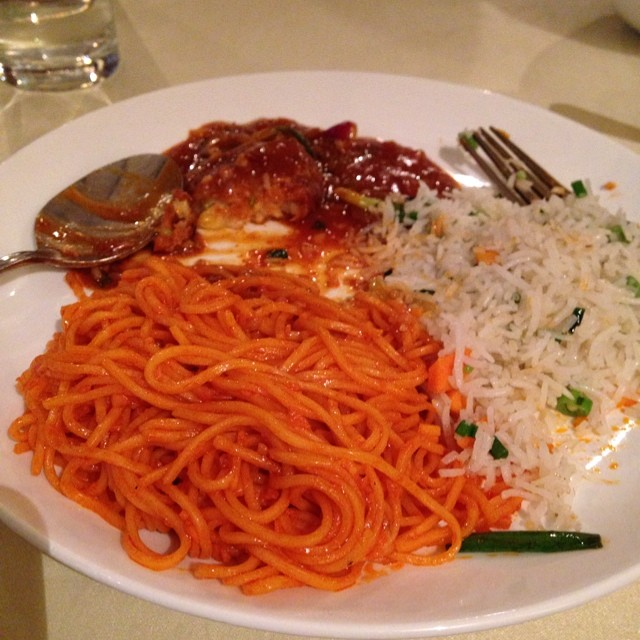 Chilli Garlic Noodles, Indo-Chinese food, fried rice, Bangalore, India